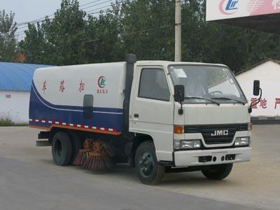 CLW5060TSLJ4型扫路车